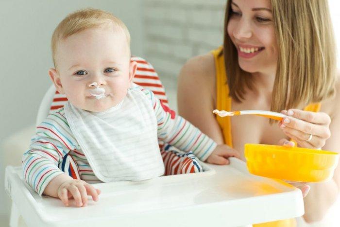 ما هي فوائد تقديم الزبادي للأطفال