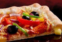كيفية عمل بيتزا محشية الاطراف