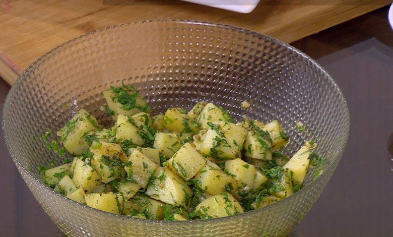 طريقة تحضير سلطة البطاطس بالبقدونس