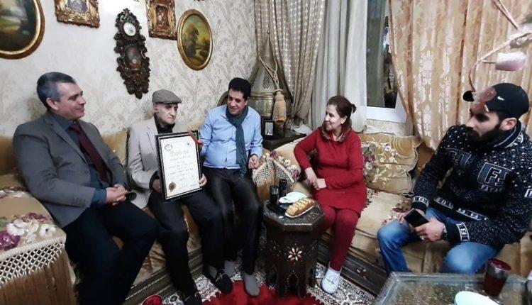 هكذا تم تكريم الفنان عبد الرؤوف تقديرا لعطائه الفني من قبل الأكاديمية الدولية للسلام