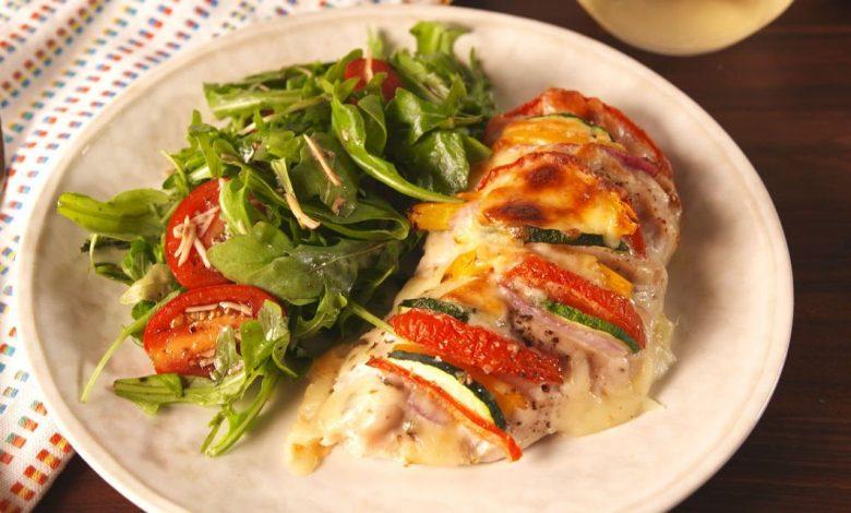 طريقة عمل صدور الدجاج بالجبنة الموتزاريلا