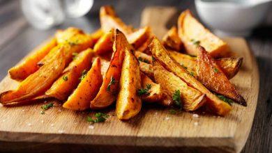 فوائد صحية لتناول البطاطا الحلوة مشوية