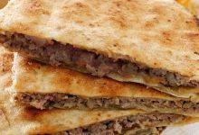 طريقة عمل عرايس اللحم بالخبز