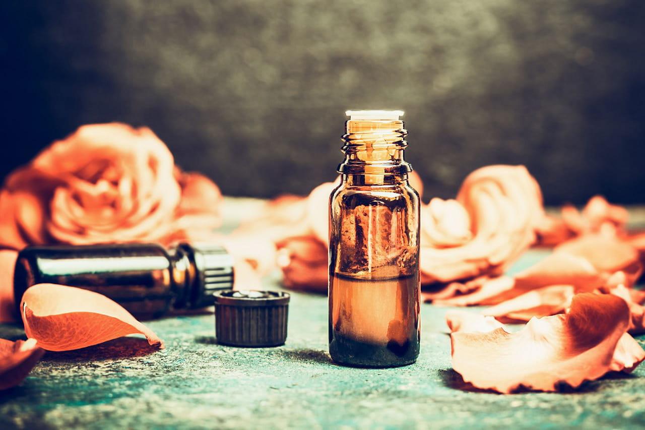 فوائد الجلسرين وماء الورد لتجميل الوجه