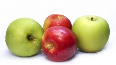 الفرق بين التفاح الأخضر والأحمر