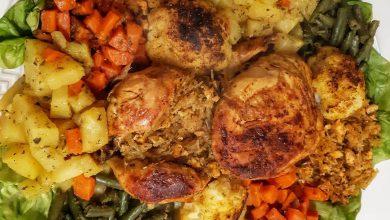 دجاج معمر بحشوة لذيذة في الفرن مع خضر
