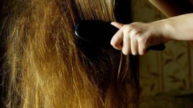 6 حيل سهلة لفك تشابك الشعر دون تقطيعه