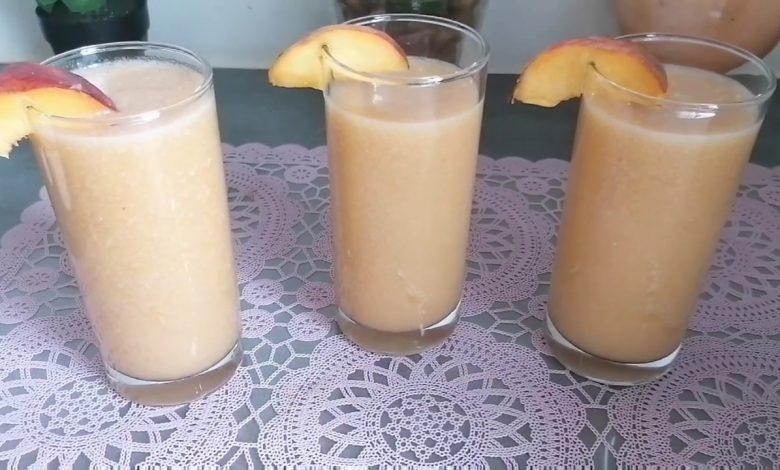 عصير الخوخ والموز