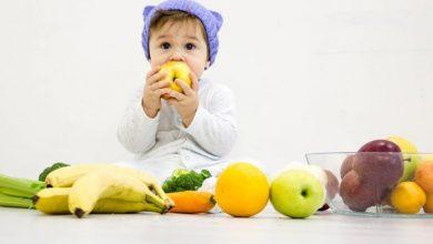 فوائد الموز والتفاح للأطفال