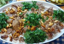 طريقة عمل فتة اللحم بالزبادي