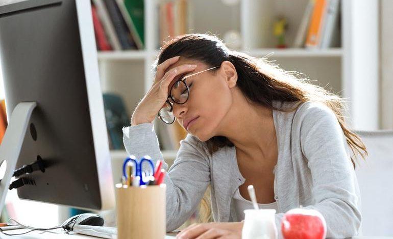 أسباب الشعور بالإرهاق والتعب المستمر