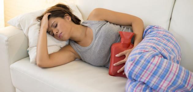 7 نصائح لتخفيف الام الدورة الشهرية