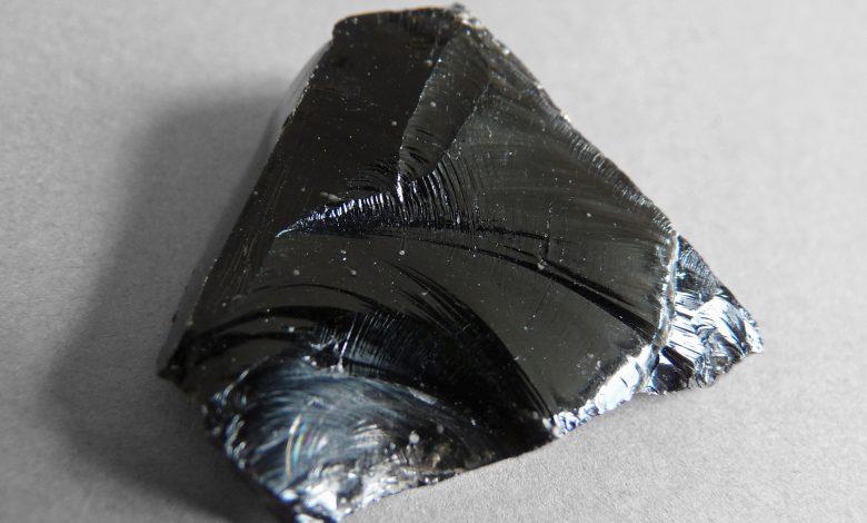استخدامات صخر الاوبسيديان