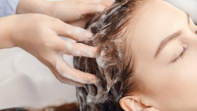 طريقة تنظيف فروة الرأس