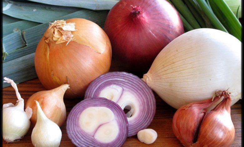 فوائد قشر البصل