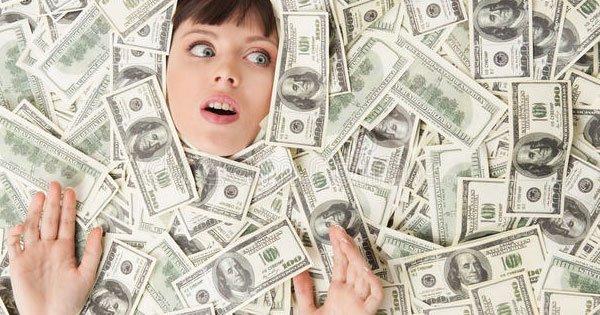 تفسير رؤية المال الورقي في المنام.. تعرف على أهم التفسيرات