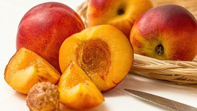 ما هي الفيتامينات والمعادن الموجودة في الفواكه الصيفية