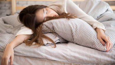 أسباب النوم الطويل