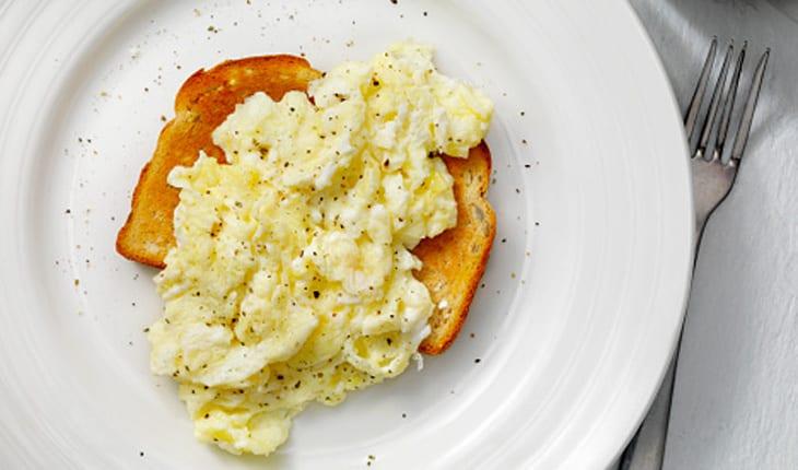 عجة بياض البيض للرجيم
