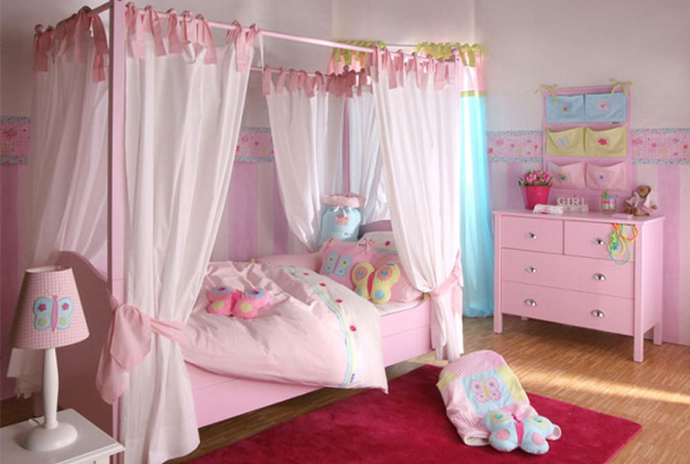 غرف نوم بنات بدرجة الوردي
