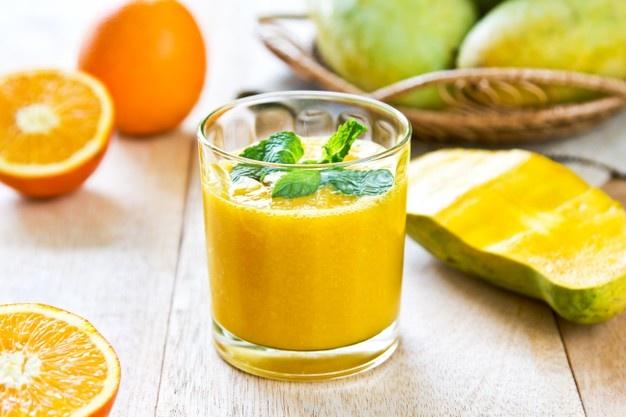 طريقة عمل عصير المانجو بالبرتقال