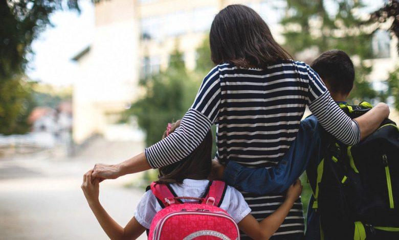 4 نصائح تنظم مواعيد نوم الطفل خلال الدراسة