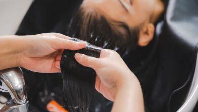 أسرع الخلطات لتنعيم الشعر الخشن وترطيبه